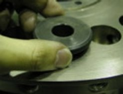 打錠機回転盤臼穴清掃工具
